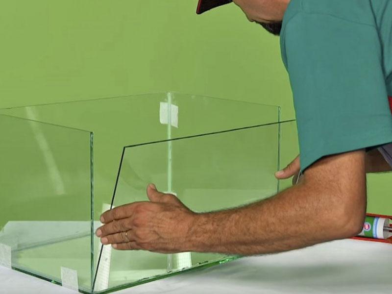 Склейка аквариумов силиконовым герметиком